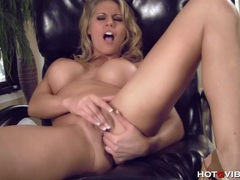 Busty blonde crazed fingerbang movies at find-best-panties.com