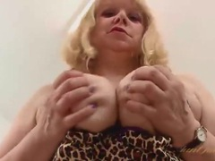 Curvy mature secretary does a naughty striptease tubes