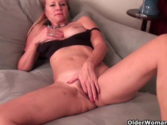 Milf katrina comes home and needs to relax clip