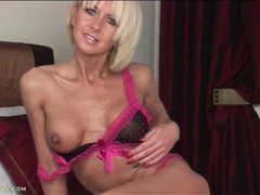 Her fit and tanned milf body is sexy in lingerie videos