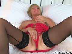 British milf lulu works her big naturals and wet pussy movies at find-best-hardcore.com