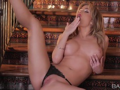 Lipstick babe angela sommers rubs her hot cunt movies at find-best-tits.com