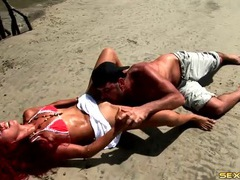 Eating latina pussy on an island beach videos
