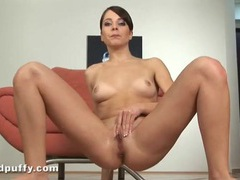 Girl pees on the floor and masturbates solo movies at kilosex.com