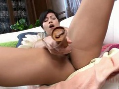 Short hair milf moans from the vibrator play videos