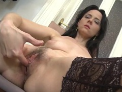 Finger fucking milf wears lace top stockings videos