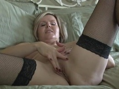 Gorgeous fishnets on a finger banging mifl chick videos
