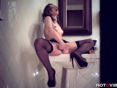 Getting wet in the public washroom movies at sgirls.net