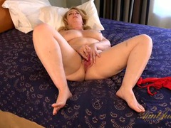 Curvy old lady makes her pussy wet with a vibrator videos