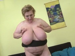 Huge tits of a bbw jiggle lustily videos