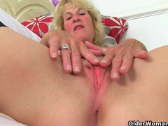 British milfs molly and diana masturbate in black stockings videos