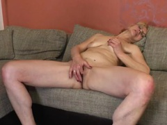 Old slut fingers her pussy and ass erotically movies at freekiloporn.com