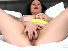 Hairy cunt opens up for a purple dildo movies at sgirls.net