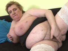 Mature bbw has a glorious set of big fat tits videos