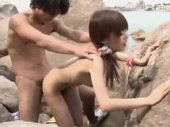 Japanese slut at the beach fucked and sucking videos