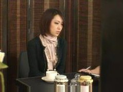 Japanese businesswoman fucked by masseuse videos