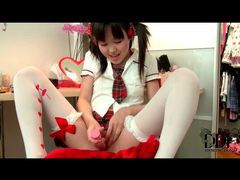Asian schoolgirl uses pink toy in pussy tubes at thai.sgirls.net