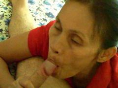 A mature asian gives a blowjob tubes at thai.sgirls.net