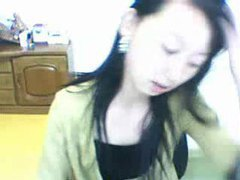 Pretty asian girl on her tasty webcam tubes at chinese.sgirls.net