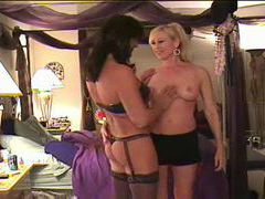 Tgirl and blonde babe have hot sex videos