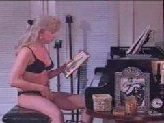 Masturbating her tgirl cock at the piano movies at kilotop.com
