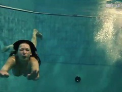 Underwater with bikini swimming girls videos