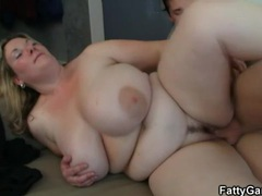 Cute huge chick has hot hardcore sex movies at kilogirls.com