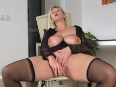 Huge tits on horny cougar kimi videos