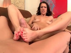 Tight shaved vagina girl gives hot footjob videos