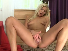 Hot college girl intense clit rub movies at find-best-hardcore.com