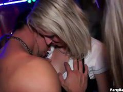 Girl kissing and hardcore sex at the club videos