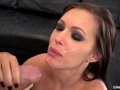 Livegonzo jenna presley horny milf gets fucked videos
