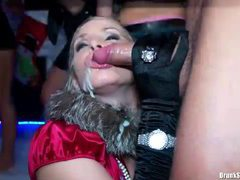 Plenty of cumshots in a hot orgy party videos