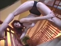 Sweet swan in seamed pantyhose solo videos