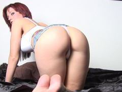 Tatooed redhead with gorgeous ass shakes her booty movies at kilotop.com