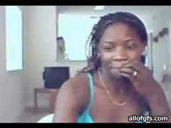 Pretty black chick with hot body webcam dances movies at kilosex.com