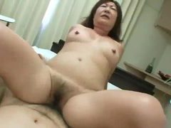 Curvy milf craves dick in her hairy hole videos