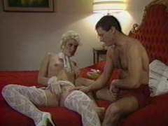 80s babe in stockings laid in retro porn clip