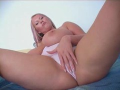 Enormous natural boobs are awesome movies at freekilosex.com