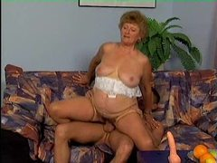 Chubby mature slut sucks and fucks young dick movies at find-best-hardcore.com