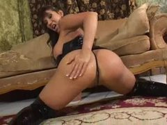 Talkative slut ava devine in black latex videos