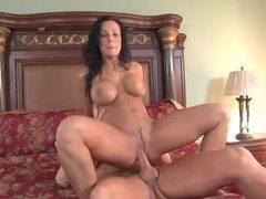 Lisa ann in hardcore milf sex videos