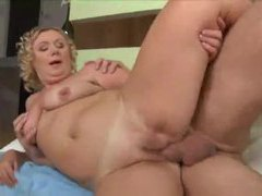 Curly hair mature and the big cock videos
