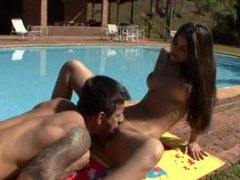 Outdoor screwing with a brazilian chick movies at very-sexy.com
