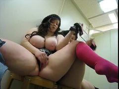 Fat chick masturbates in changing room movies