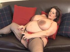 Fat mature in stockings fucks cunt with toy movies at sgirls.net