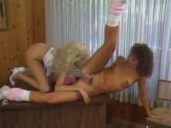 Classic lesbians with curly hair have a fuck tubes