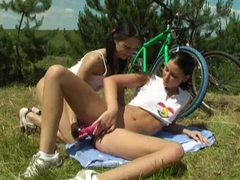 Teenage girls have lesbian sex outdoors movies at find-best-hardcore.com