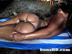A damn fine black ass jiggling movies at sgirls.net