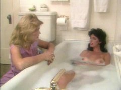 Hot retro girls eating pussy in bath tubes